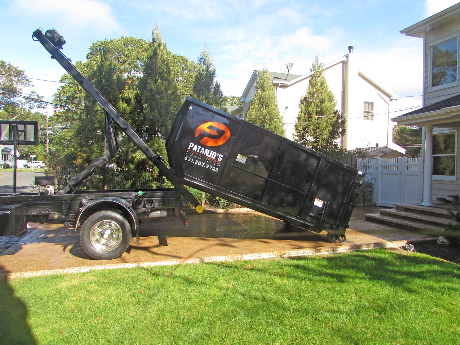 Patanjo's Load-N-Go Dumpster Rentals in Suffolk County