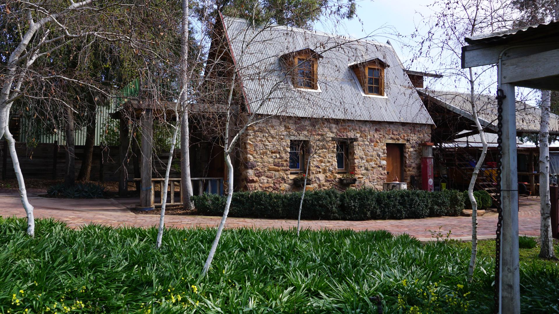 Piccolo-Website-Images-Farm-Cottage.jpg