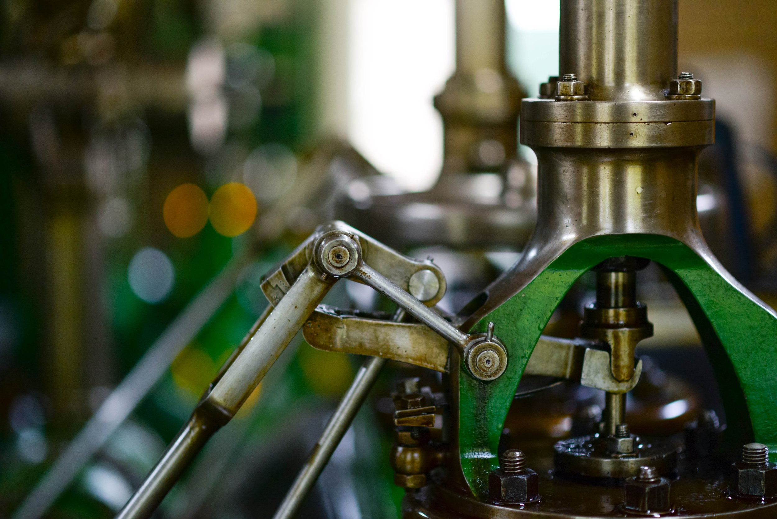 blur-close-up-engineering-633850.jpg