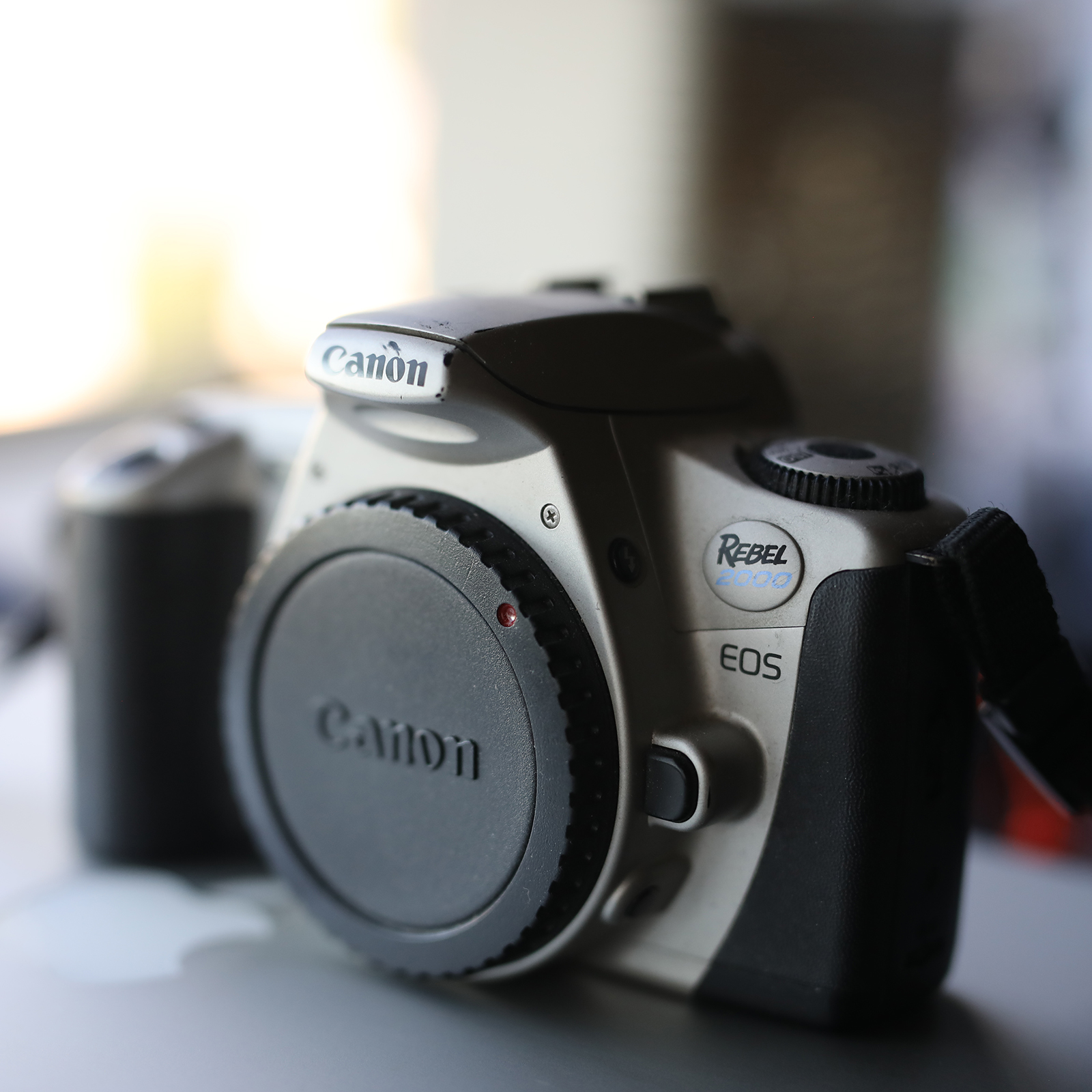 Canon EOS Rebel 2000 Film SLR