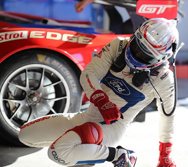 Even when the race is about to start and cars are heading to Pre-Grid, when classic bboy music like Apache is played in the paddock garages, real breakdancers NEED to hit the floor!   #MOTORMAVENS #TeamCanon #FordRacing #FordPerformance #IMSA #imsaracing #FordGT #CastrolEdge #Sparco #Michelin #weathertechraceway #axalta #LeMans #PetitLemans #LagunaSeca #lagunasecaraceway