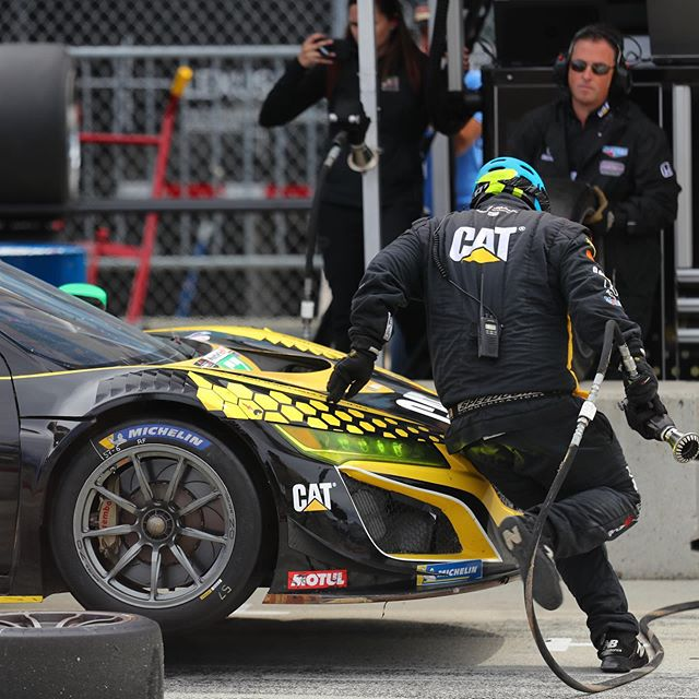 The @heinricherracing team REALLY HUSTLES during their quick pit stops, refueling and swapping wheels/tires! ⁣ ⁣ I'm not quite sure how they move so quickly, but maybe the @beastenergycookie 🍪 samples in the paddock garage have something to do with it? 🤔⁣ ⁣ 📸: @motormavens #MOTORMAVENS #IMSA #weathertechraceway #acuransx #nsxprime #nsxgram #nsxgt3 #hondansx #imsaracing #beastenergycookie