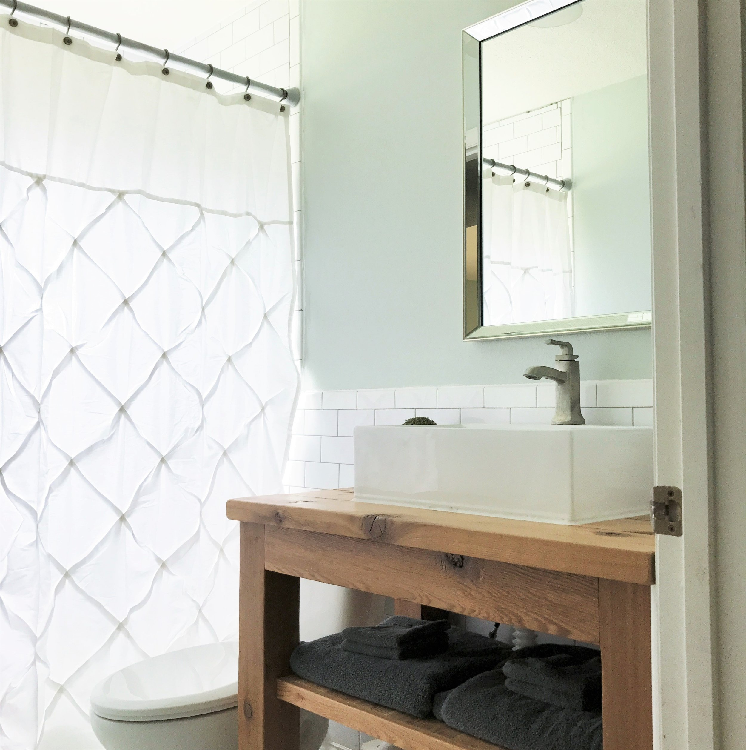 Small Guest Bathroom Renovation - Before and After | This Hiatus Blog