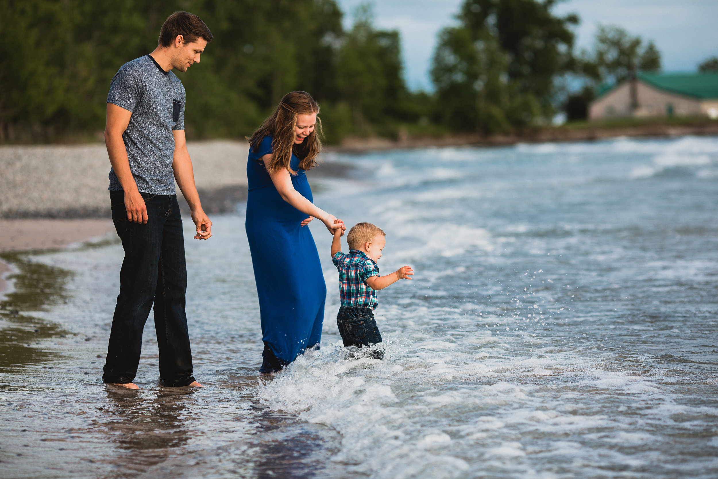 Avery and Trevor Maternity and Family Session-0039.jpg