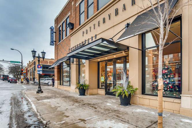 1089 Fairmount Avenue Saint-small-015-2-Starbucks-666x444-72dpi.jpg