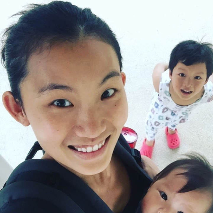 Mj ong(accredited exercise scientist, pregnancy, postpartum health & fitness coach @ the baby wearing health coach) - Planning ahead helps tremendously. At our house, we usually do a big shop on one day and we will wash all the fruits and vegetables and cut it up, ready to eat. But as life happens to us and we do need to quick meal, there is still takeaway and fast food that are healthier than others.