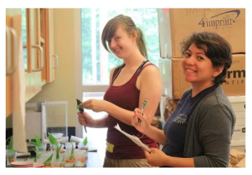 Evelyn Valdez-Ward (right) and TERFer Megan Kerr in the Natural Enemies lab space at Tyson during summer 2015.