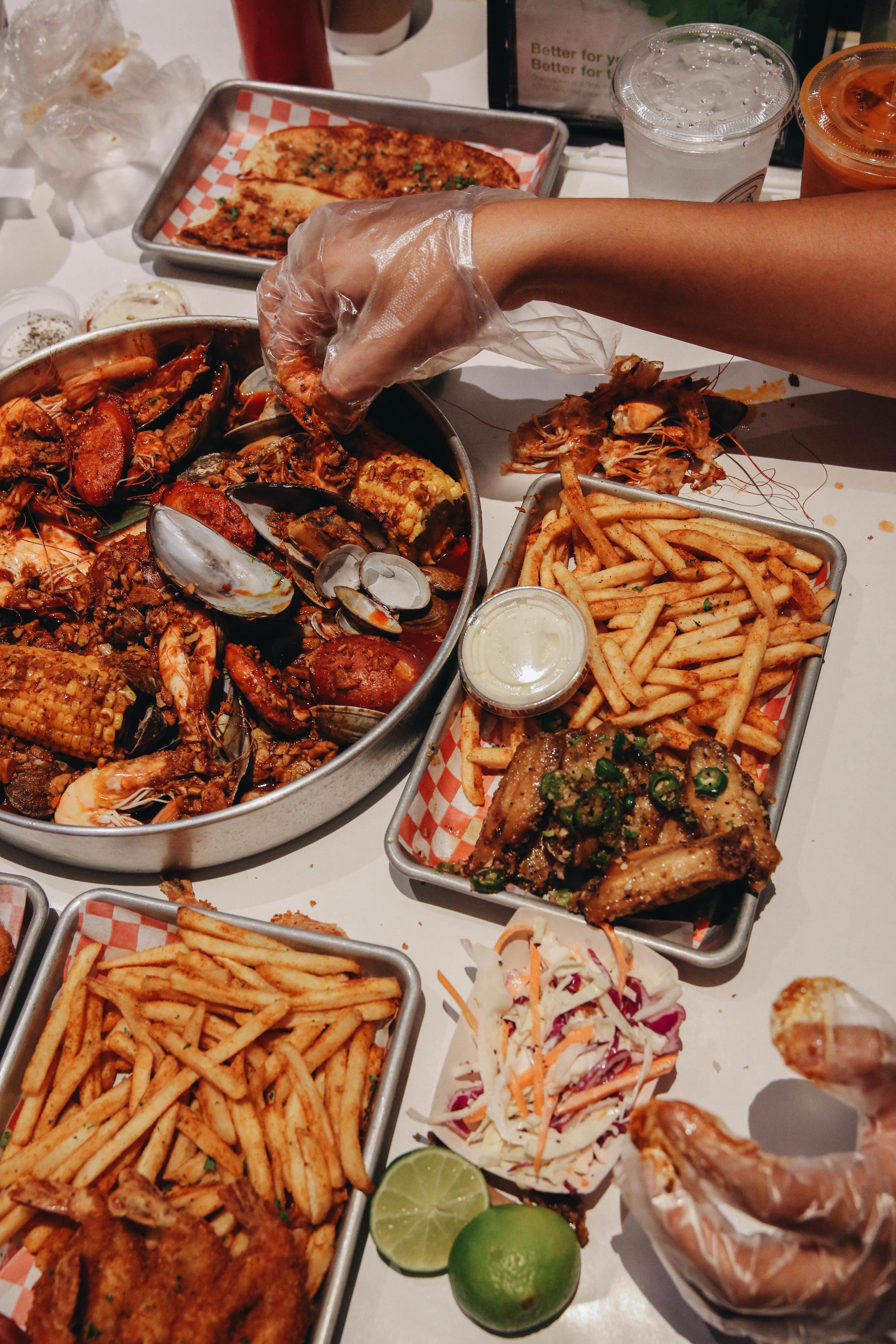 LA-Downtowner-Uncle-Johns-Cafe-4.jpg