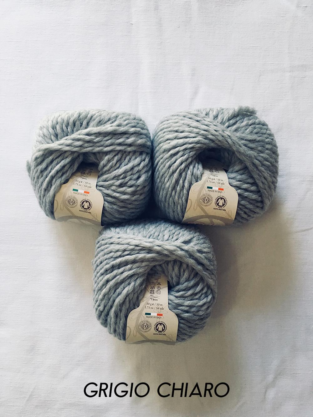 sesia_echos_grigio_chiaro_0046_wool_done_knitting.jpg