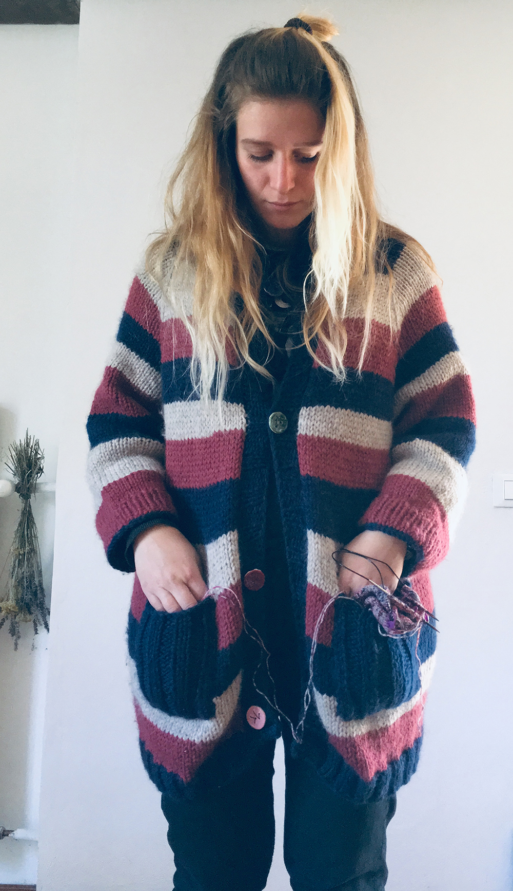 chunky_maxi_cardigan_wool_done_knitting_6.jpg