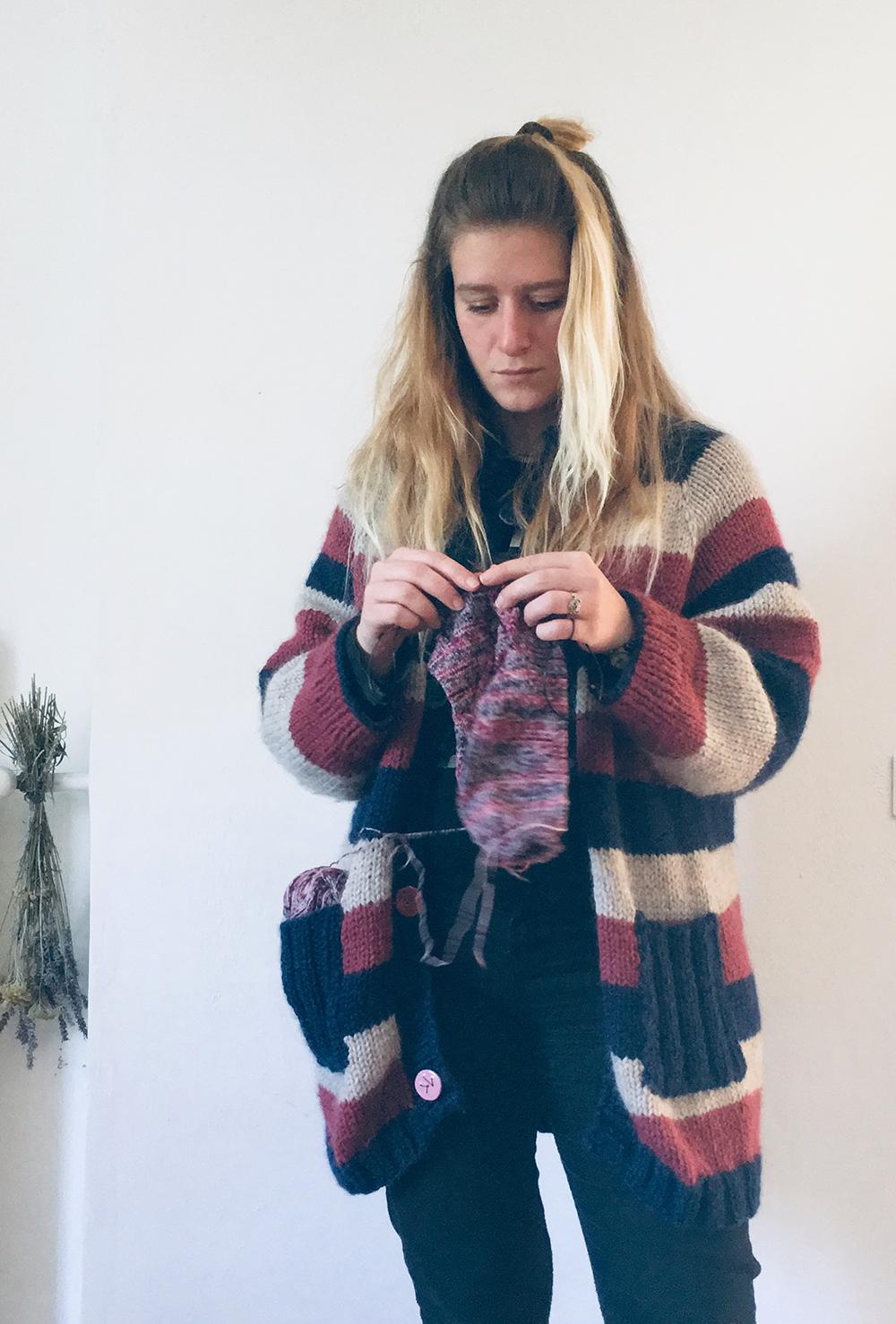 chunky_maxi_cardigan_wool_done_knitting_7.jpg