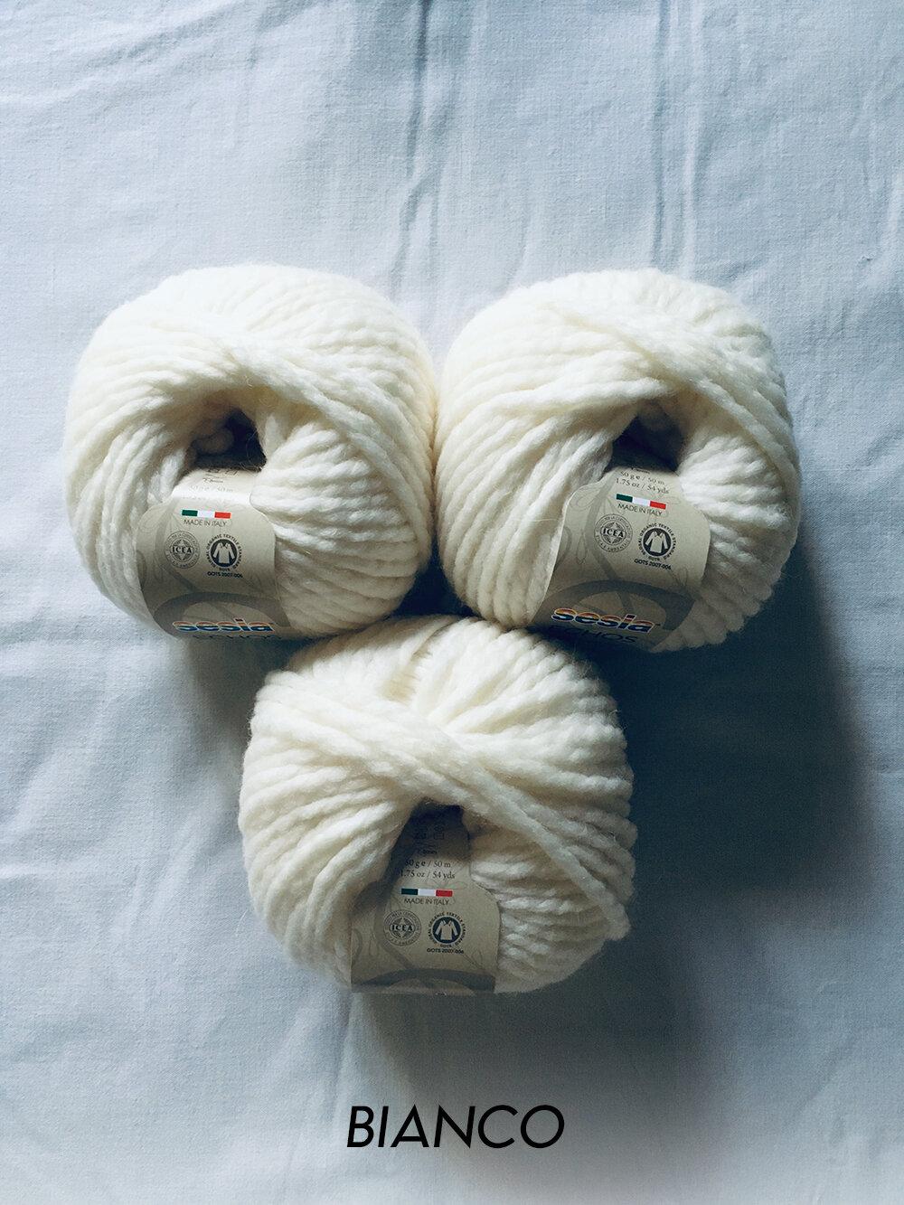 sesia_echos_bianco_207_wool_done_knitting.jpg