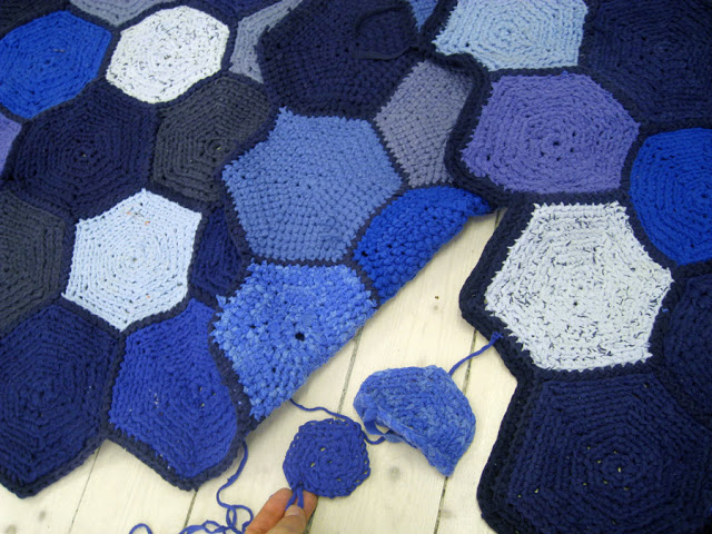 re-rag-rug-recycled-rugs-11.jpg