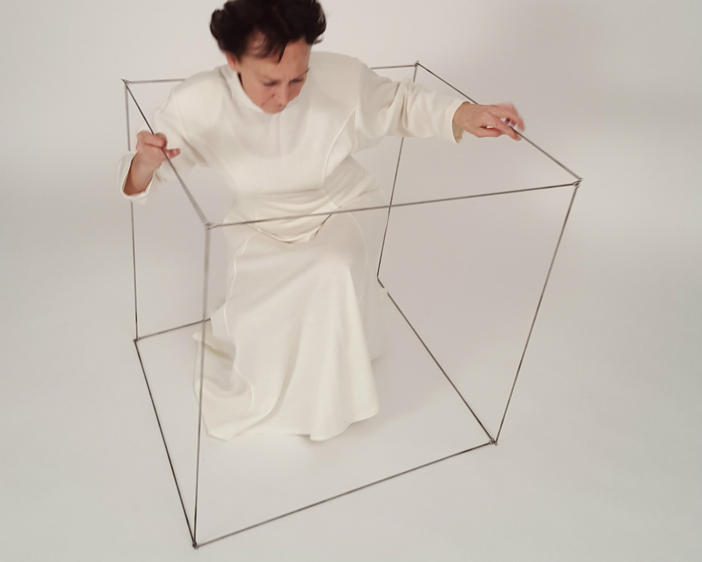 aerial-cube-eva-ingemarsson-dance-5.jpg