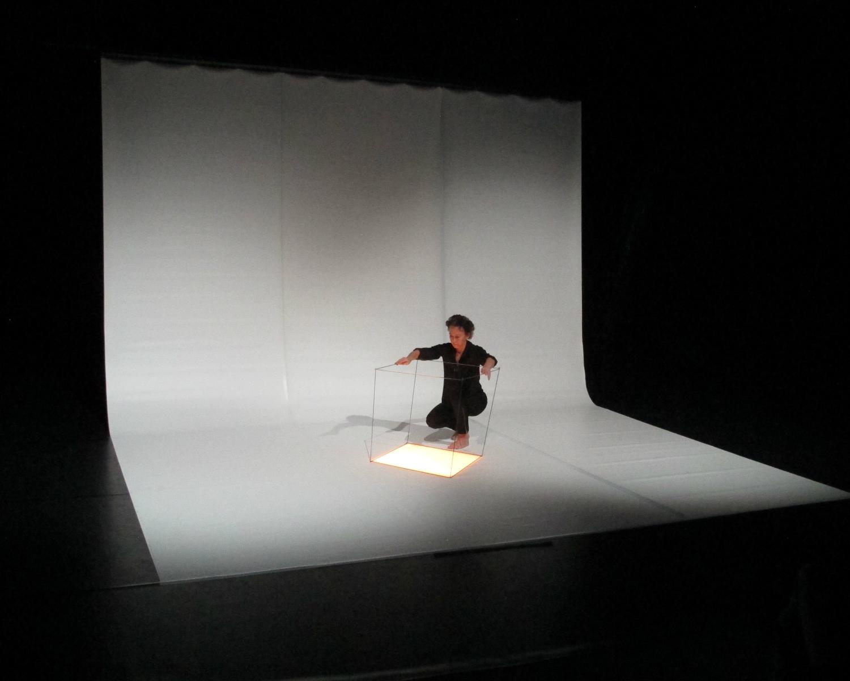 aerial-cube-eva-ingemarsson-dance.jpg