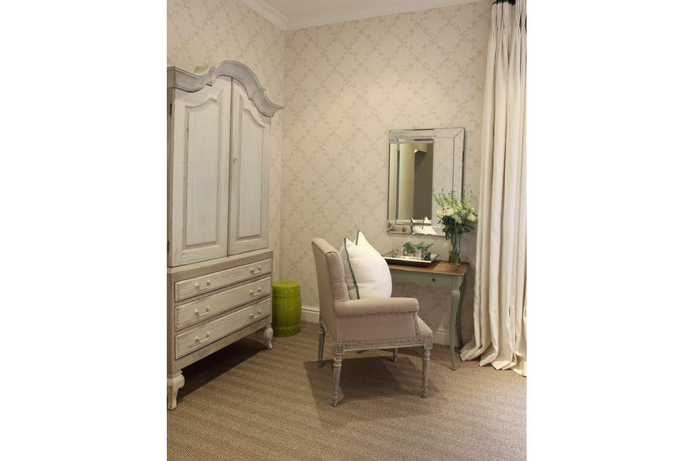 Guest Bedroom LIme 3.jpg