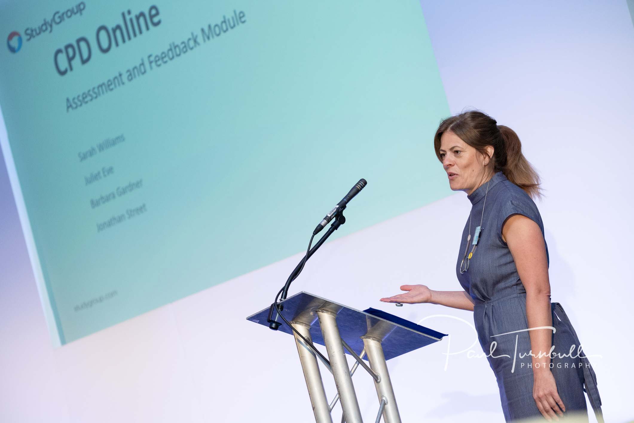 conference-event-photographer-queens-hotel-leeds-yorkshire-038.jpg
