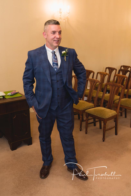 wedding-photography-harrogate-register-office-yorkshire-001.jpg