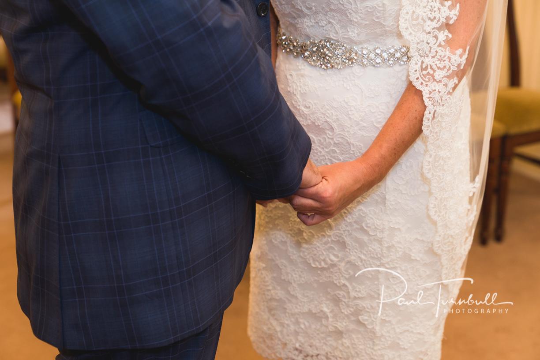 wedding-photography-harrogate-register-office-yorkshire-008.jpg