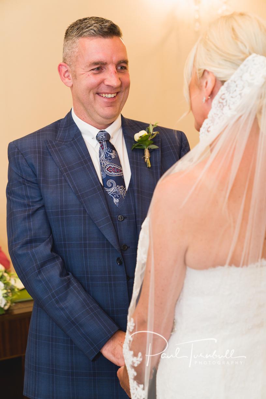 wedding-photography-harrogate-register-office-yorkshire-009.jpg