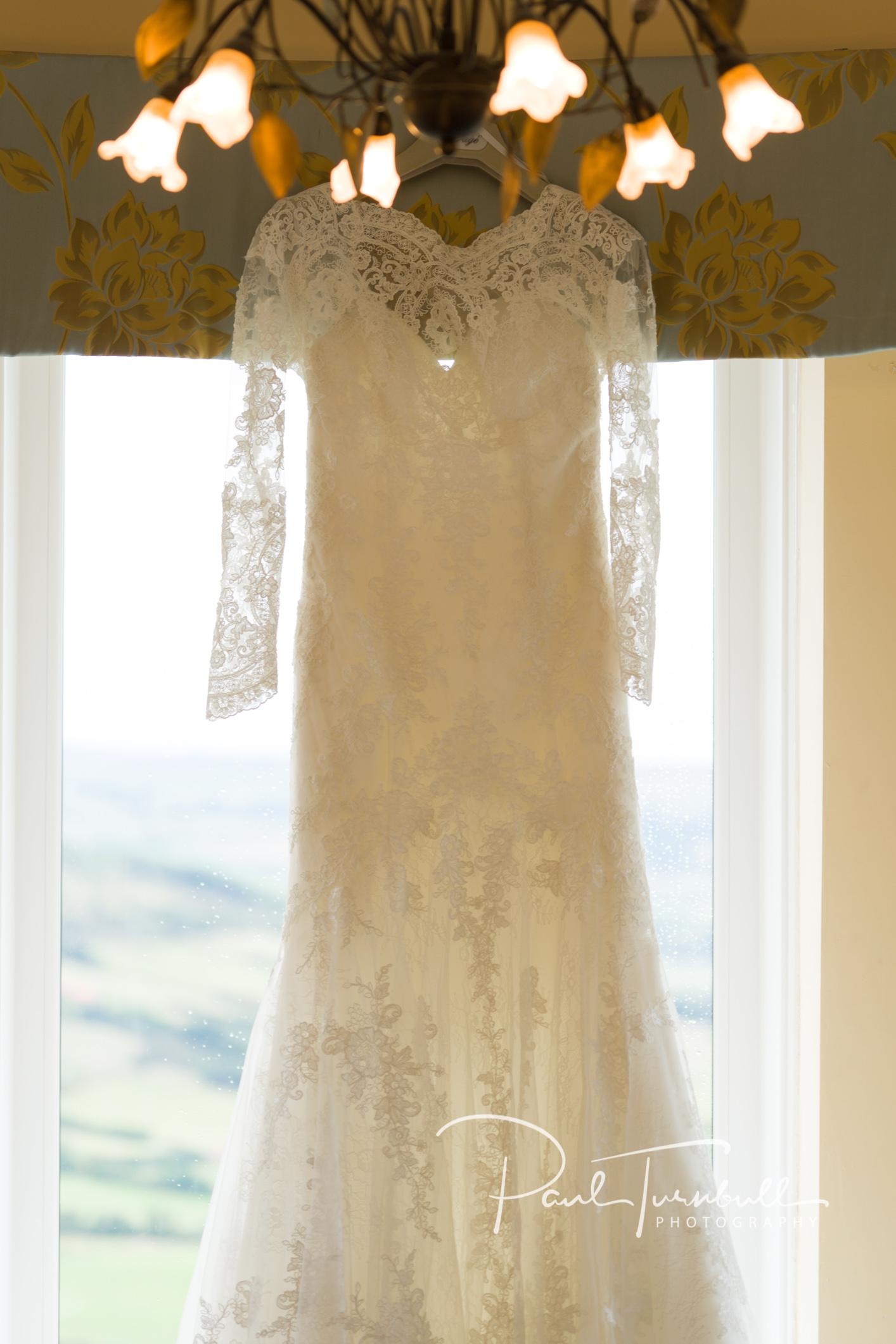 wedding-photographer-raven-hall-ravenscroft--scarborough-yorkshire-lucy-ryan-006.jpg