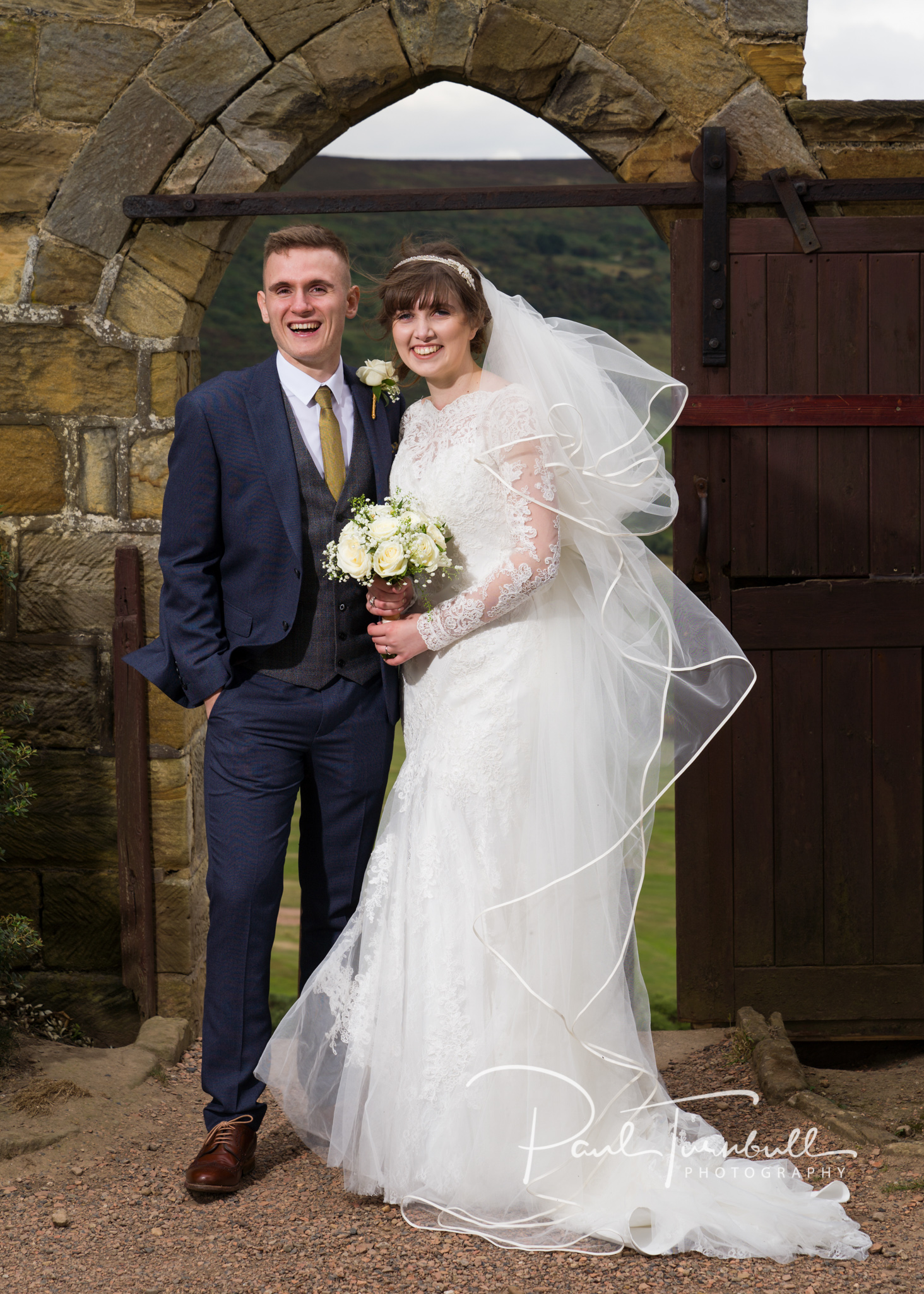 wedding-photographer-raven-hall-ravenscroft--scarborough-yorkshire-lucy-ryan-072.jpg