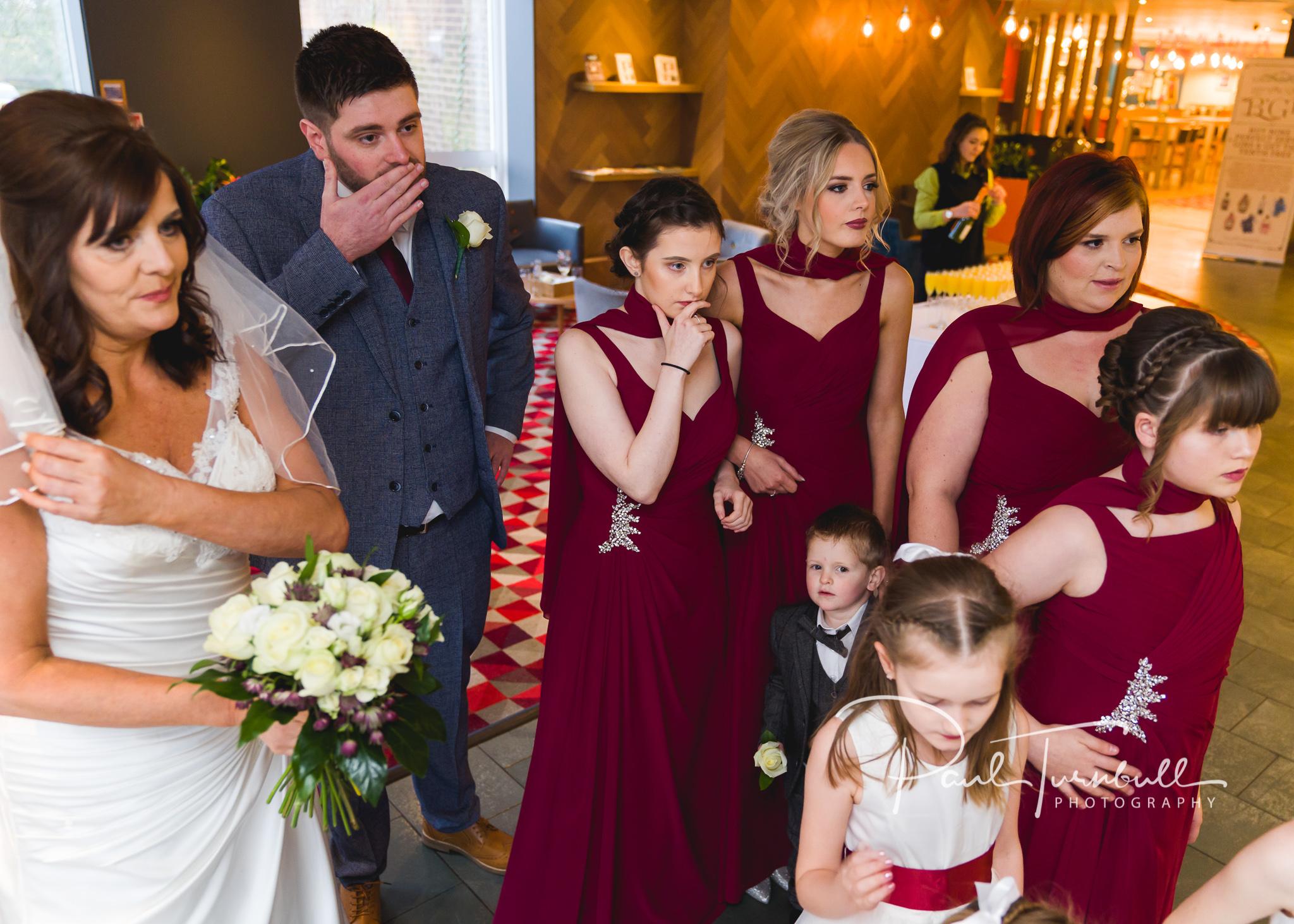 wedding-photographer-leeds-holiday-inn-garforth-024.jpg