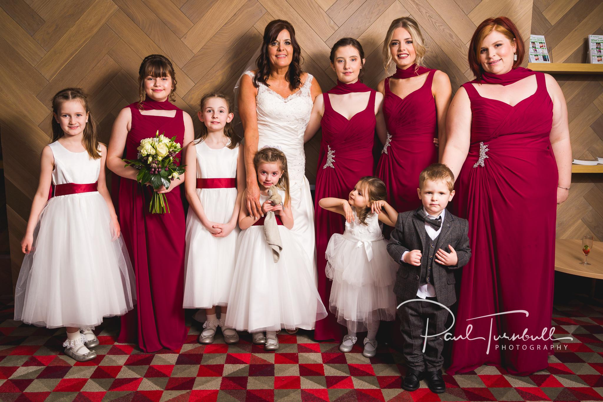 wedding-photographer-leeds-holiday-inn-garforth-044.jpg
