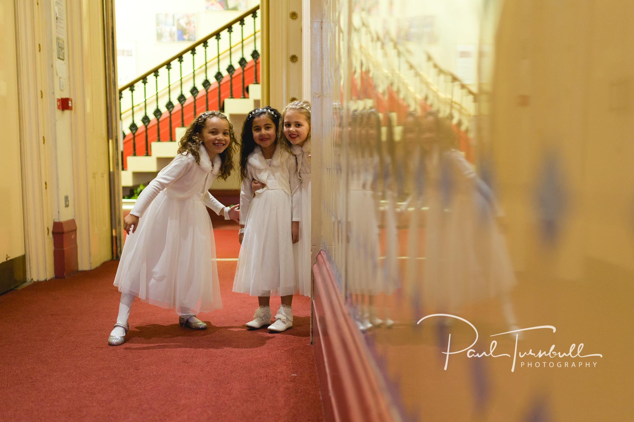 wedding-photographer-leeds-town-hall-021.jpg