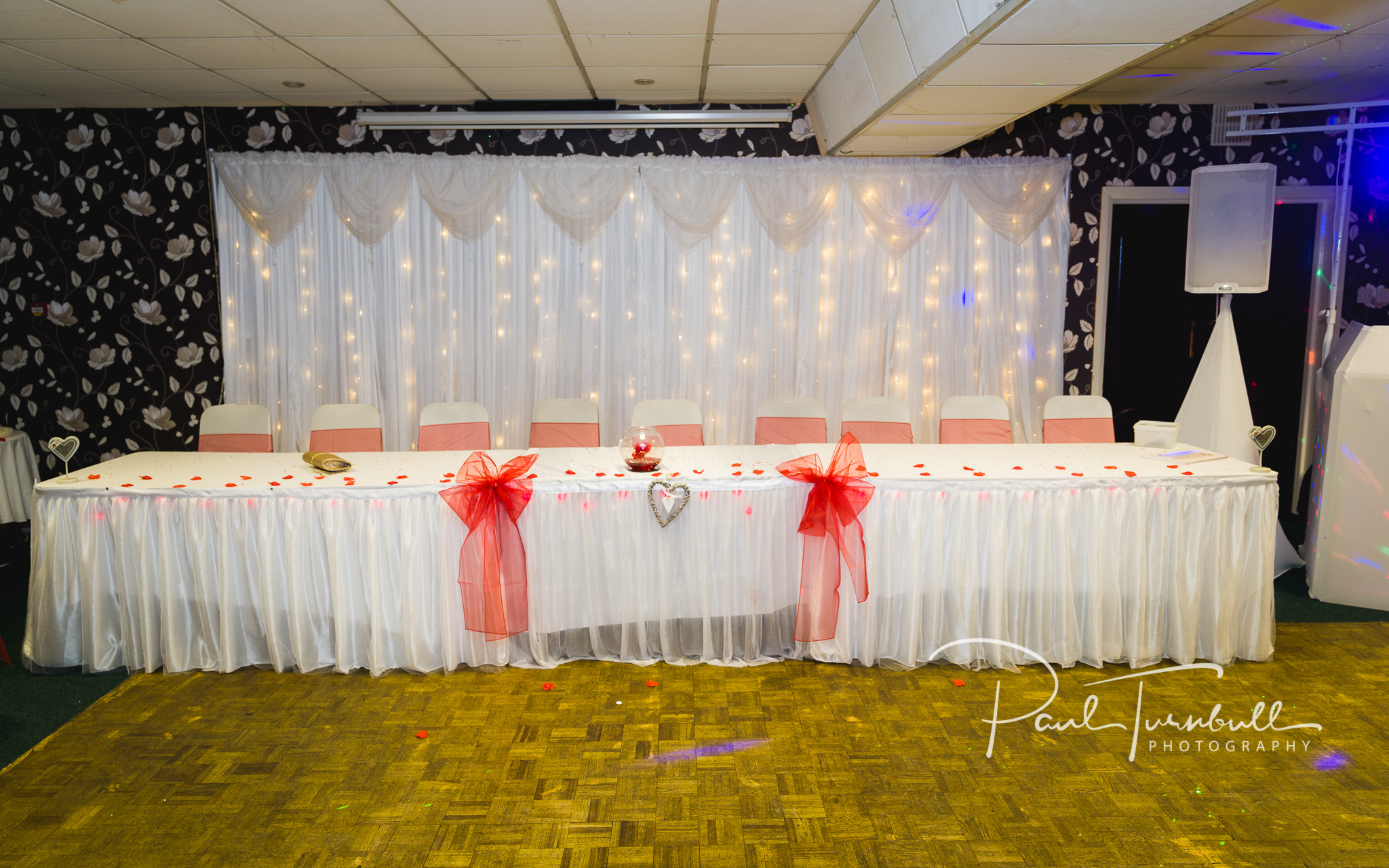 wedding-photographer-leeds-town-hall-031.jpg