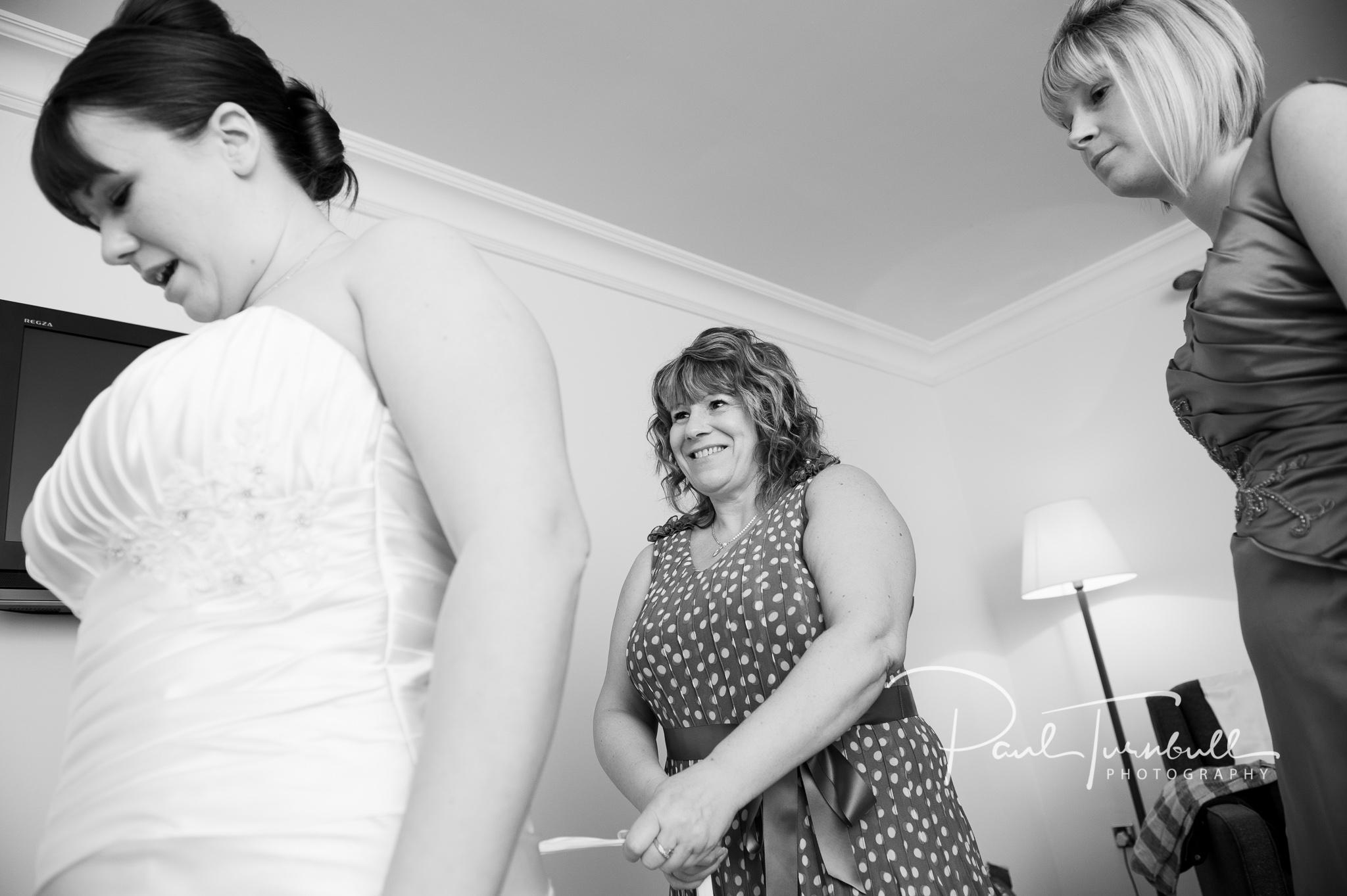 wedding-photographer-wentbridge-house-wakefield-leeds-007.jpg