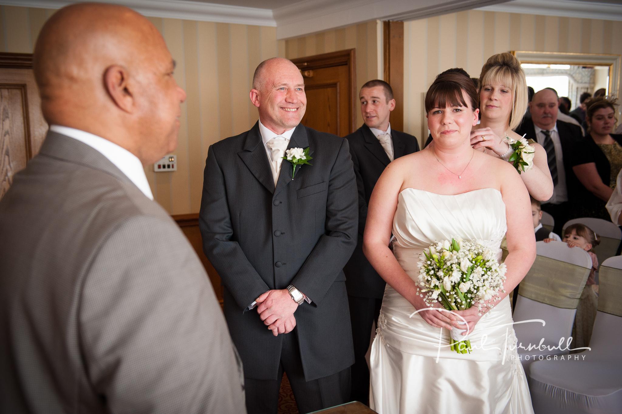 wedding-photographer-wentbridge-house-wakefield-leeds-019.jpg