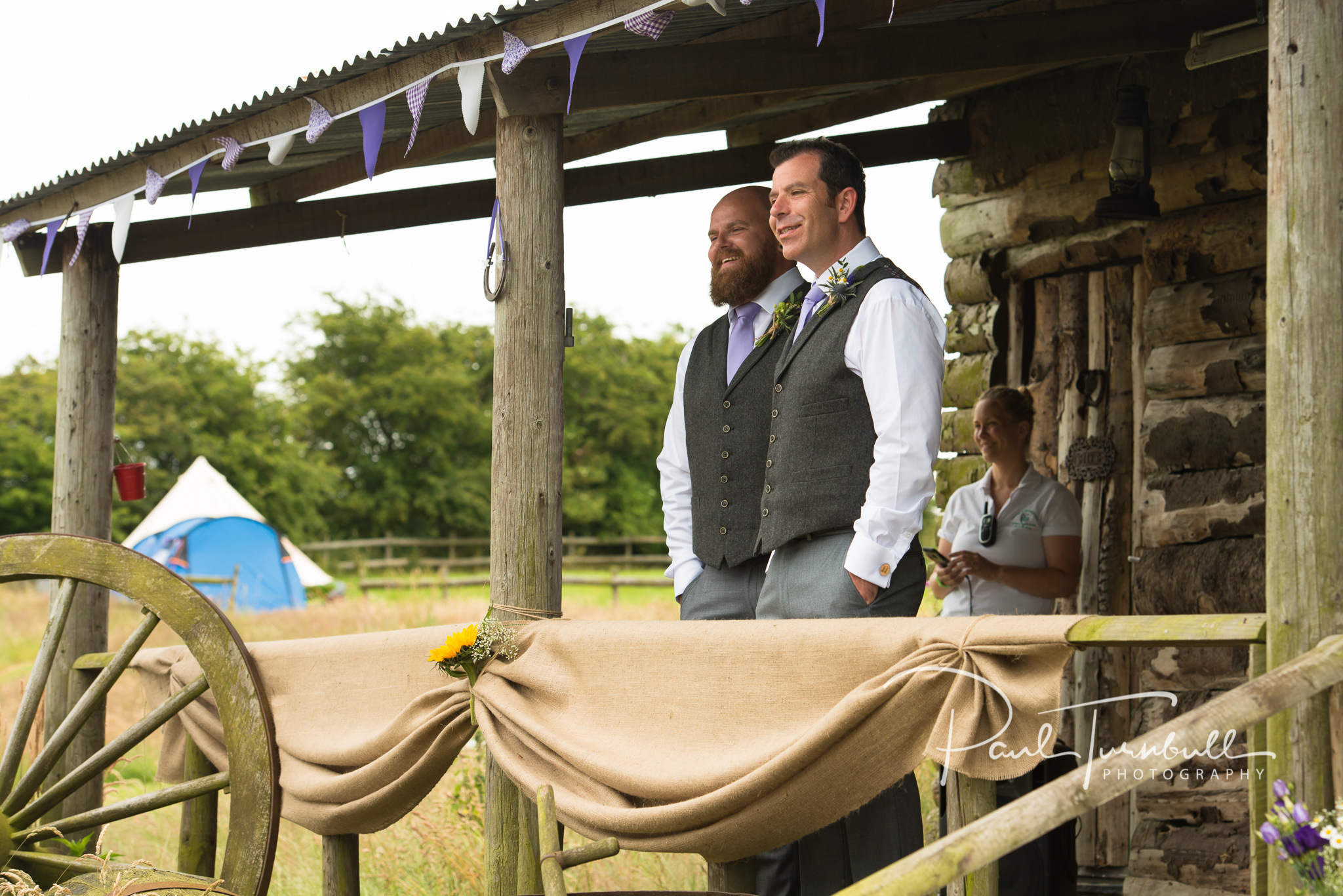 wedding-photographer-hilltop-farm-ilton-yorkshire-005.jpg