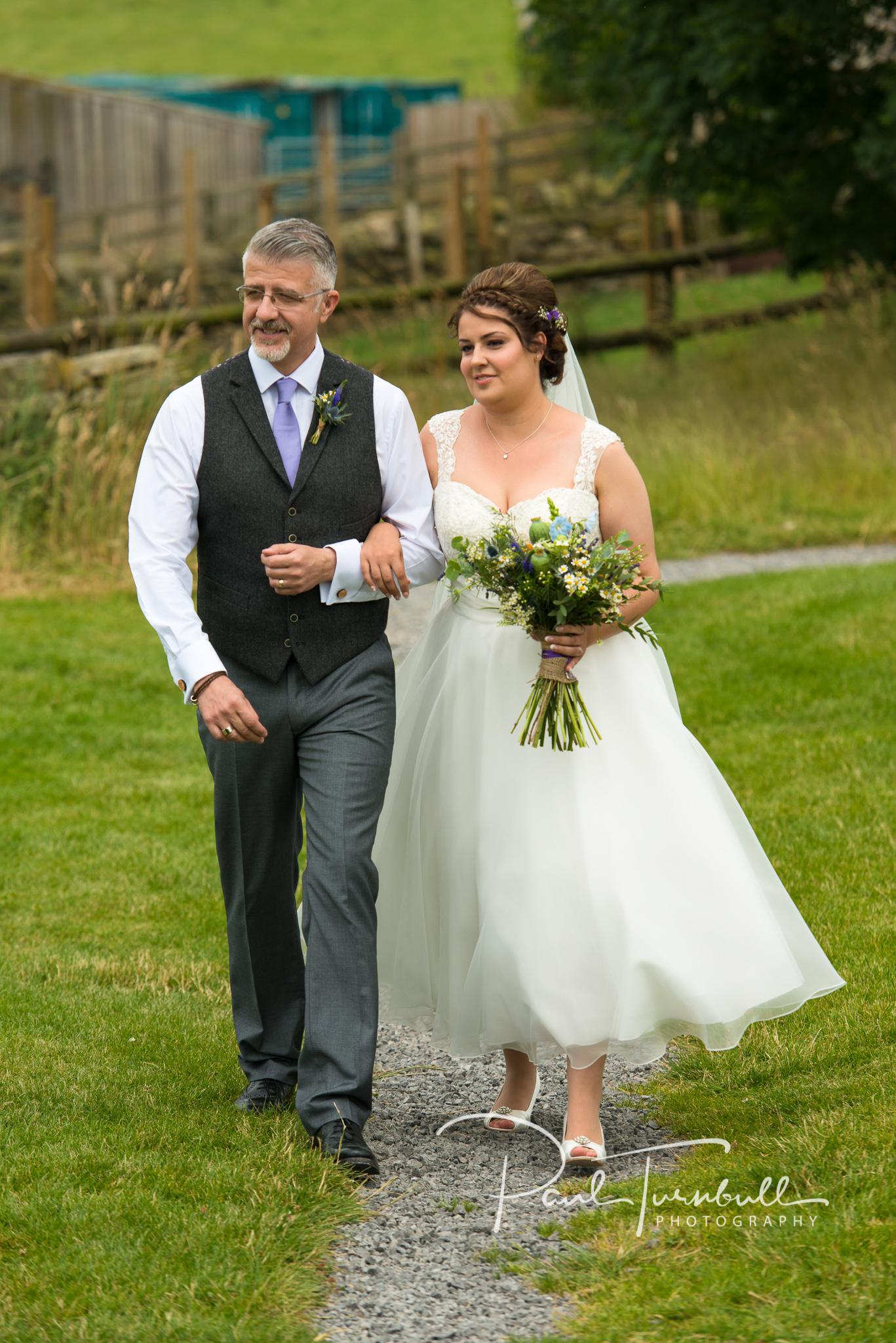 wedding-photographer-hilltop-farm-ilton-yorkshire-011.jpg