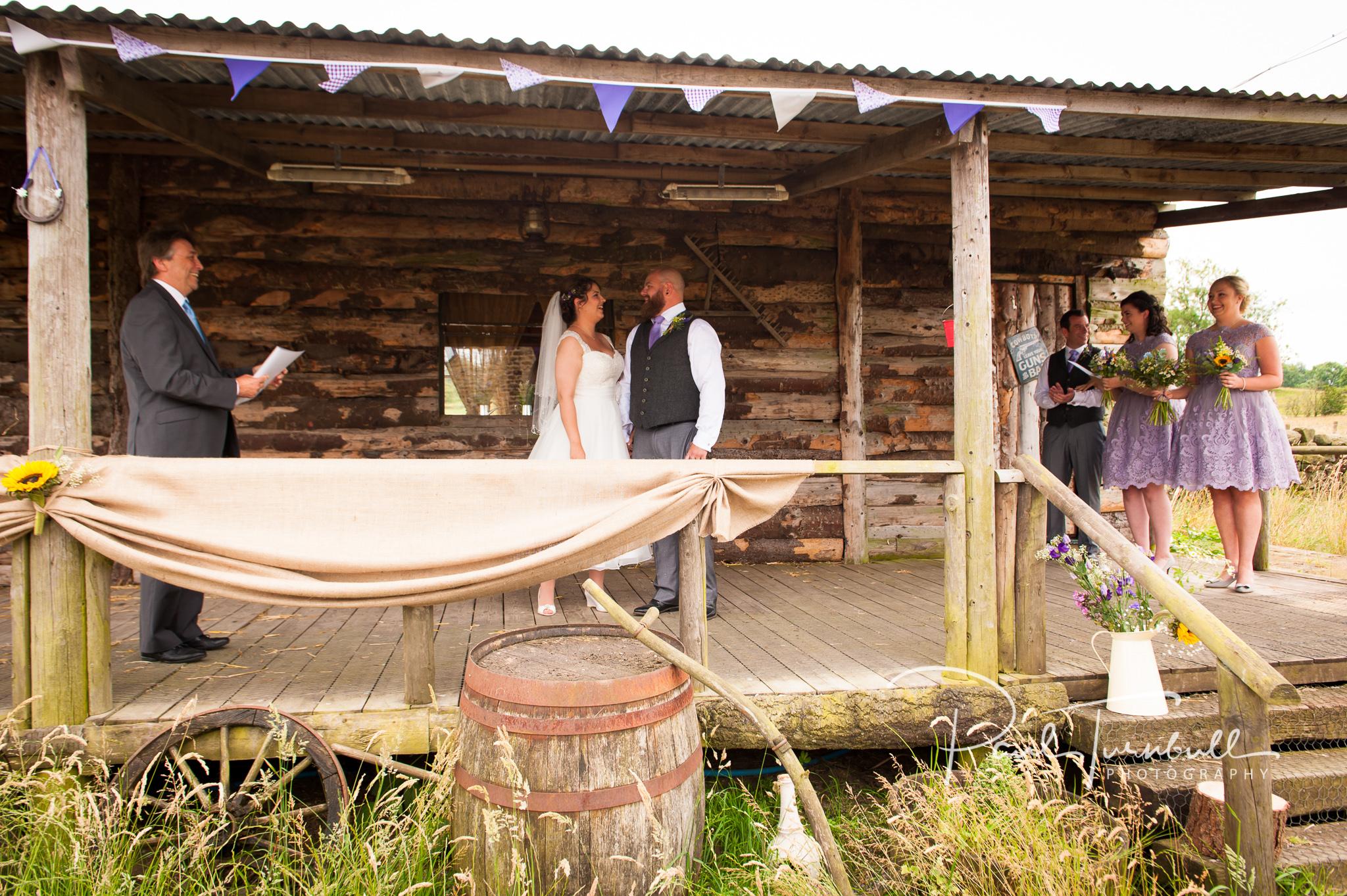 wedding-photographer-hilltop-farm-ilton-yorkshire-022.jpg