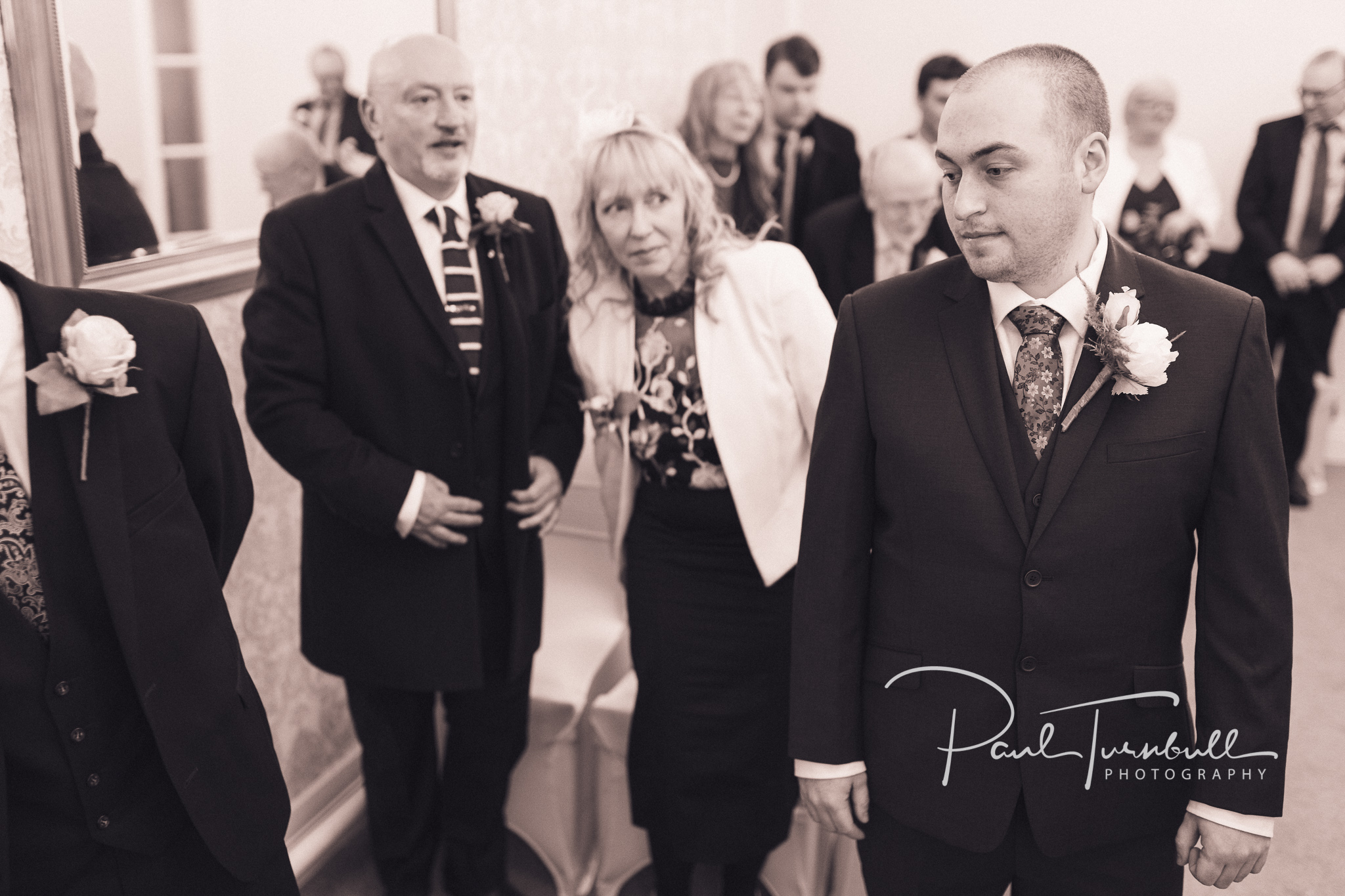 wedding-photographer-pontefract-yorkshire-laura-keanu-024.jpg