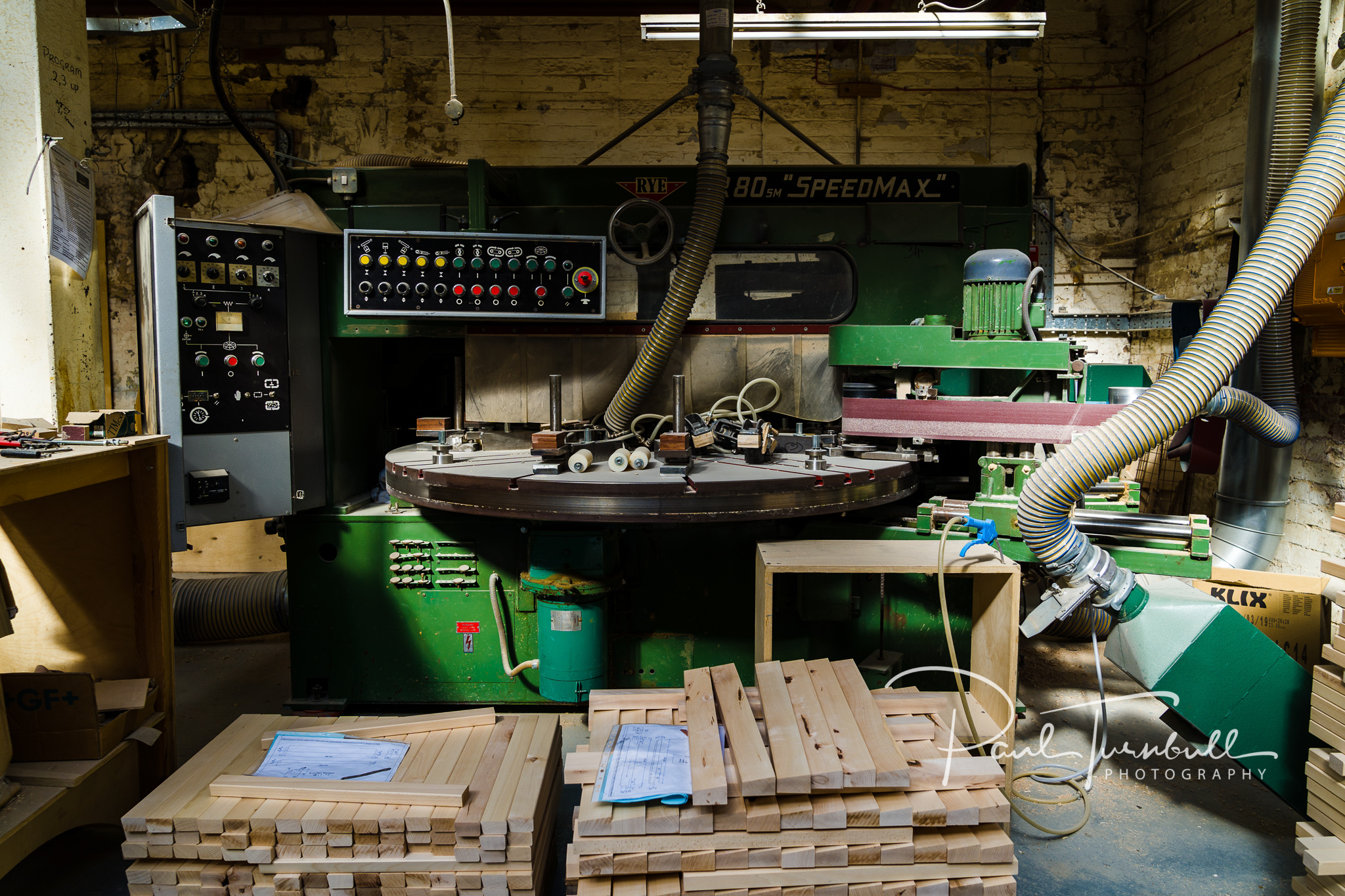 commercial-photographer-leeds-bradford-knightsbridge-furniture-tour-016.jpg