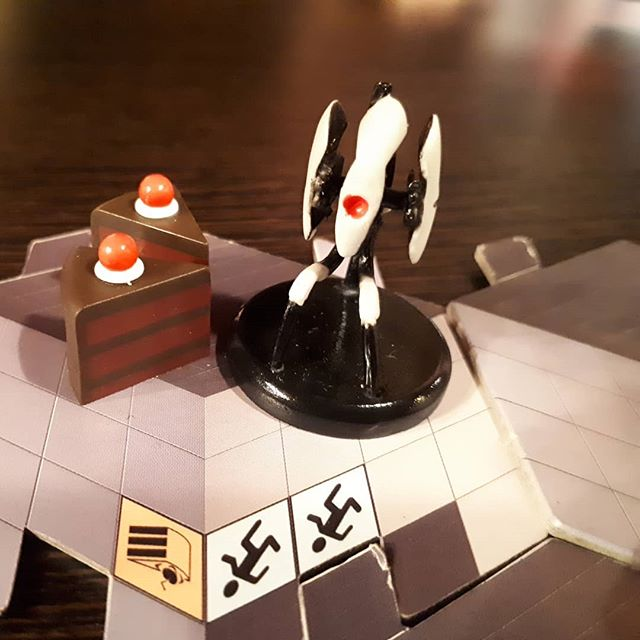 Game 8 at #shepparcon #portal🖲️🖲️🖲️ #boardgame #games #bgg #brn #fun #valve