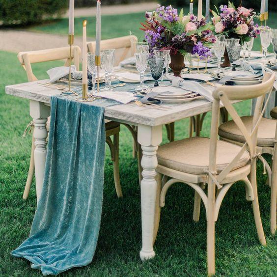 teinture-naturelle-mariage-chemin-de-table-serviettes