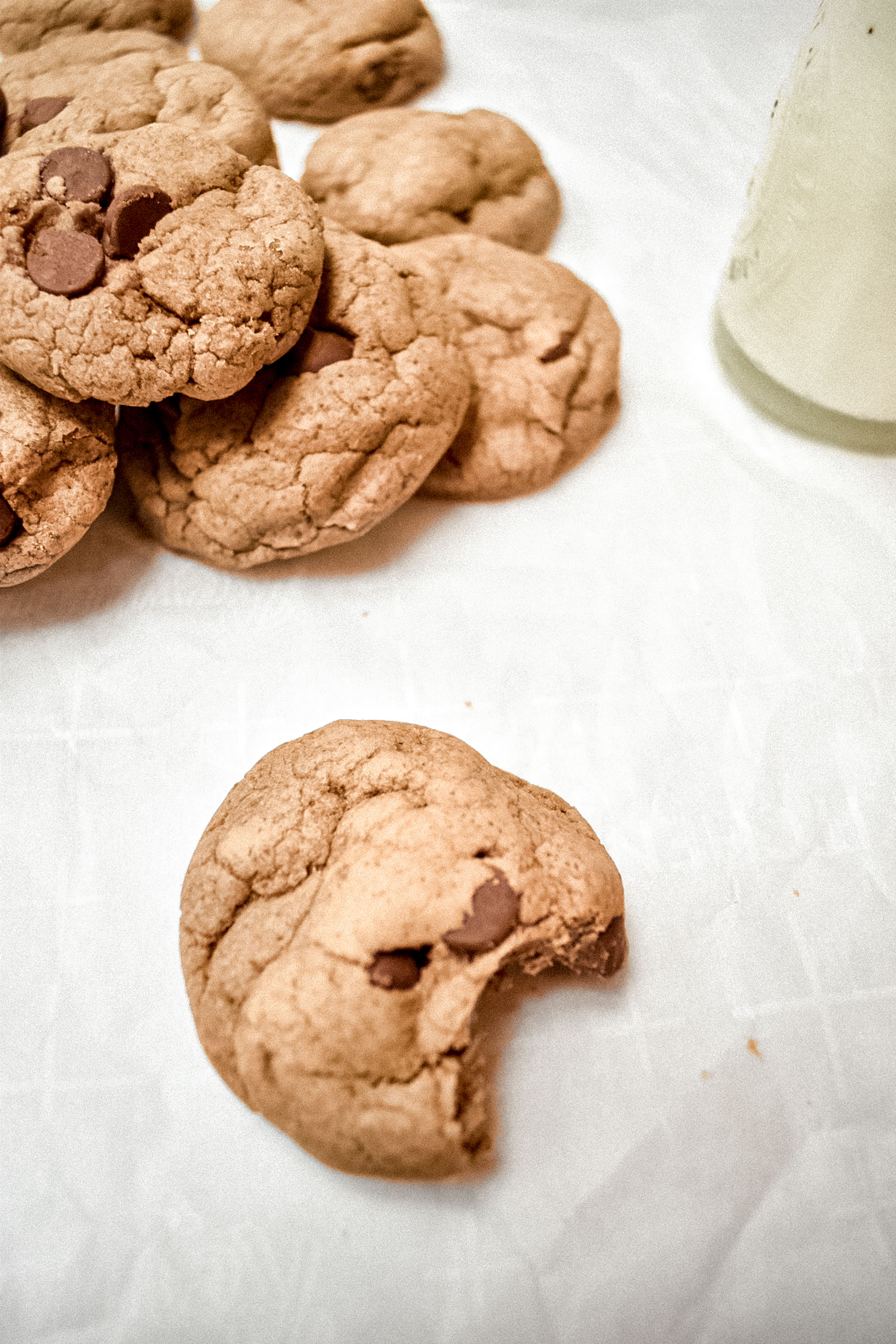 the best softest chocolate chip cookies