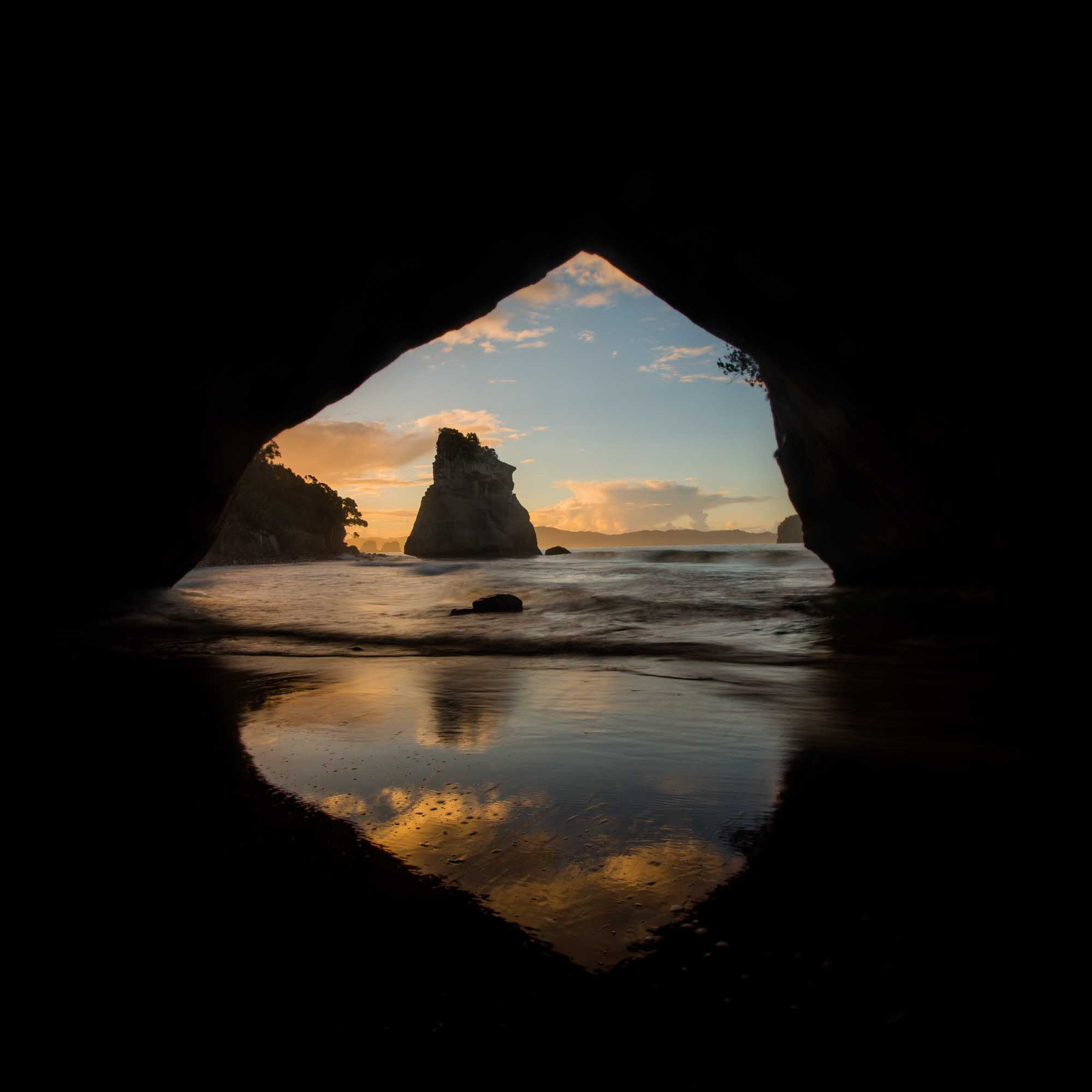 Cathedral Cove Arch.jpg