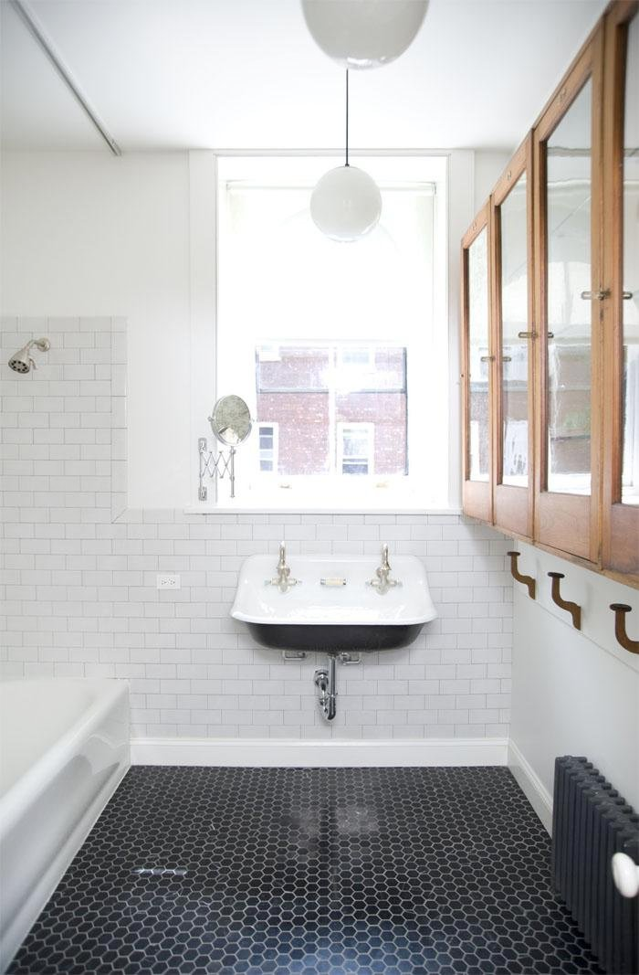 wow-i-love-so-much-of-this-the-black-penny-tile-vintage-trough-sink-subway-tile-with-dark-g-700-x-1067.jpg