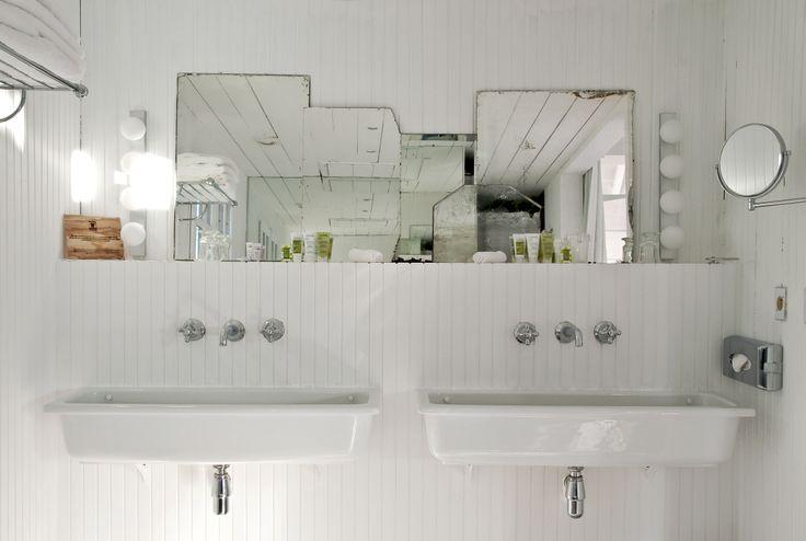 Narrow-trough-sink-for-bathroom.jpg