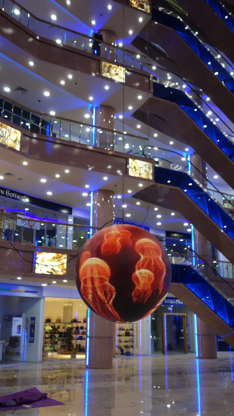 LED ball 2m.jpg