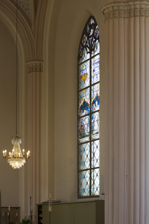 loviisan kirkonlasien entisöinti_X-Glass