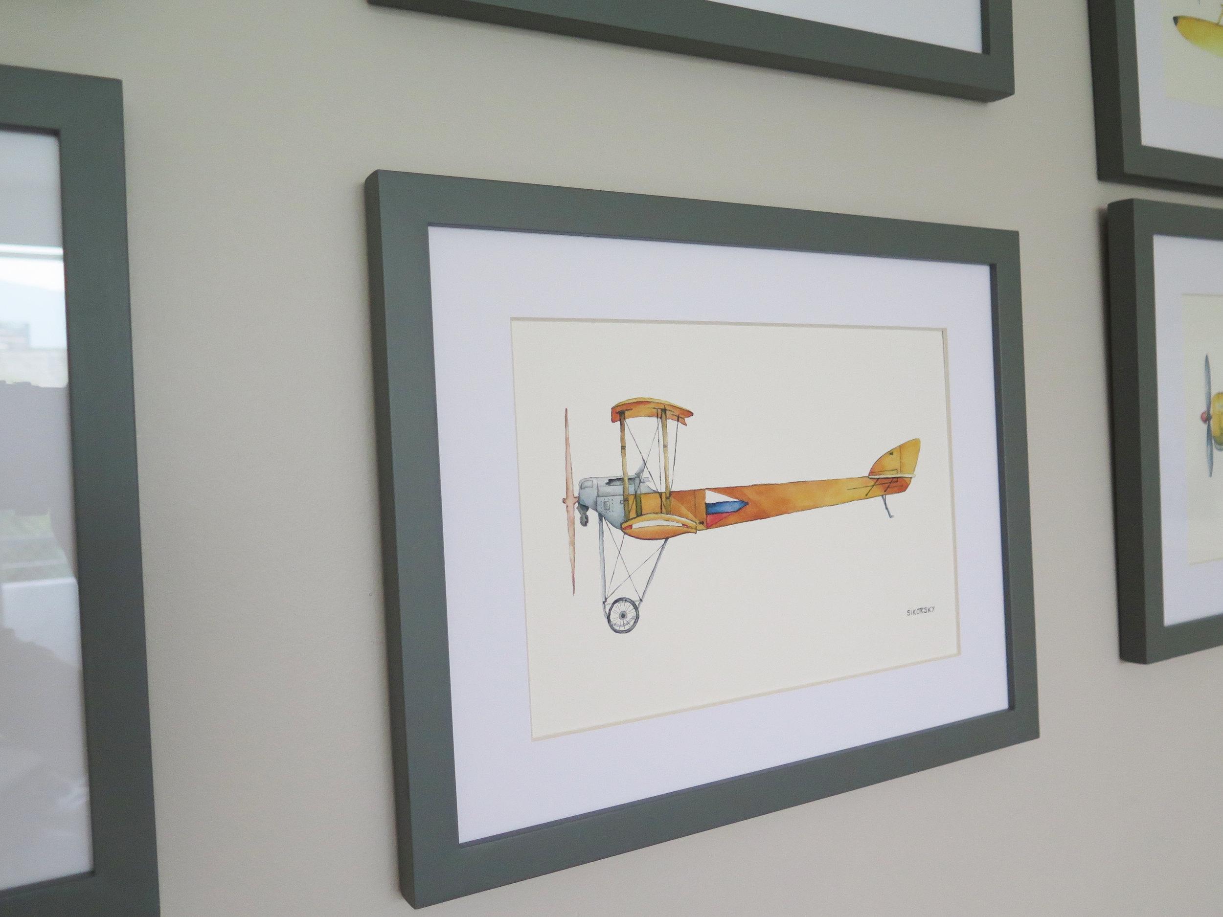 Sikorsky Valor: $39.500  Tamaño Lámina: 18 x 26 cms. Tamaño Cuadro: 29 x 37 cms. Marco: Blanco, Gris o Albayalde