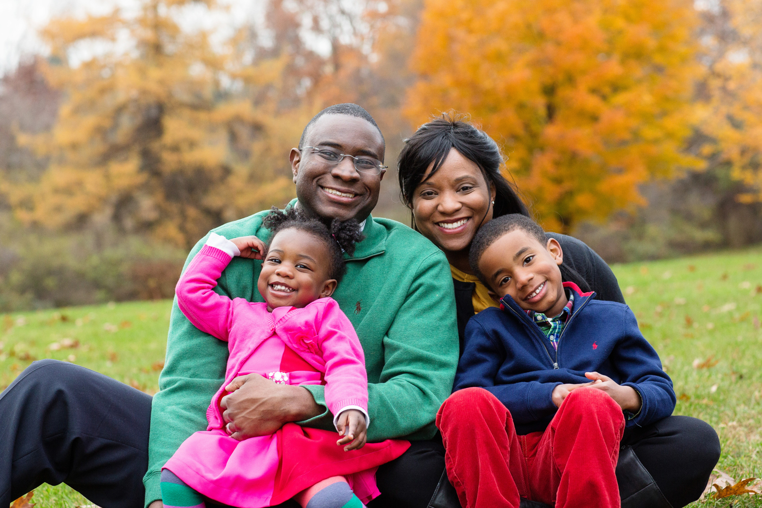 family portrait with call leaves midwest