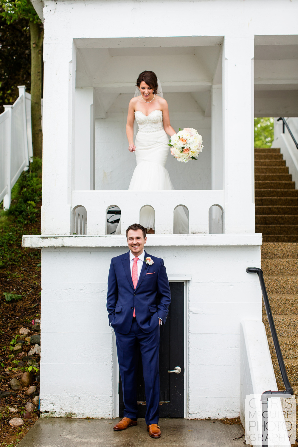 bride and groom first look at bay pointe inn