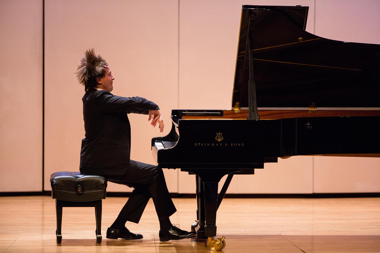 concert photography, pianist danil trifinov