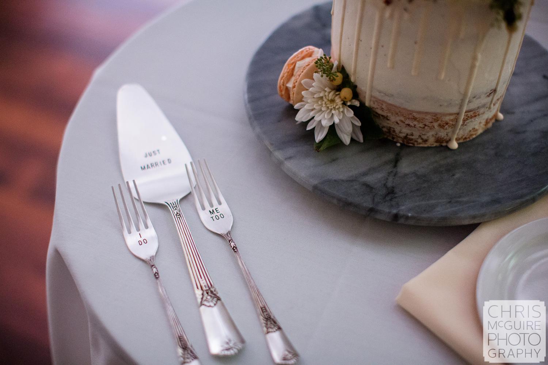 wedding cake cutting set